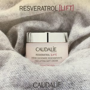 caudalie-resveratrol-lift-crema-cashemir-farmaconfianza